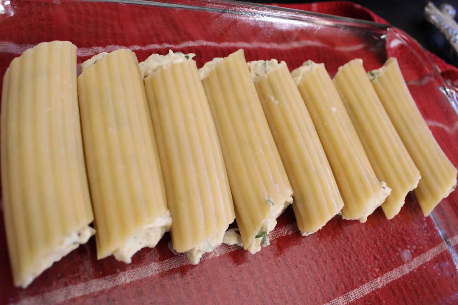 Stuffed Manicotti Pasta Shells